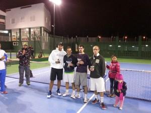 Los finalistas del último torneo de tenis organizado por el 'Loma Margarita'