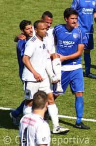El algecireño no permitió que atendieran a Randy que salió del campo en brazos de dos jugadores del Alcalá