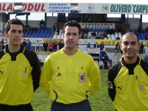 El granadino  Rica Alarcón (en el centro de la imagen) ha sido designado para el Atlético - Pozoblanco