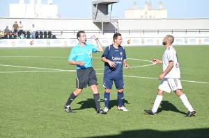 Rica Alarcón, el árbitro del Atlético - Pozoblanco, volverá a pitar en la última jornada