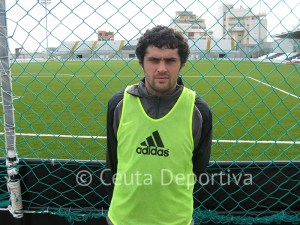 El Atlético de Ceuta ya no cuenta con Carmelo Yuste