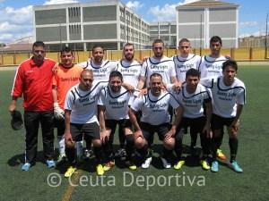 El Sporting de Ceuta rebasa en la clasificación al Super Sport tras la victoria en el Benoliel