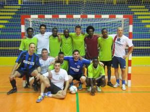 Ocho equipos participaron en el torneo de fútbol sala con victoria final del 'África Star'
