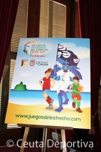 El cartel de los juegos, con 'Draco', la mascota diseñada por Tatiana Romero