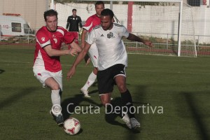El Atlético de Ceuta - San Roque, el domingo a las 17 horas tras la petición de los sanroqueños