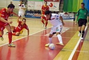 El Santiago Futsal de Hamza Maimón cayó con el Pozo de Murcia en el cruce de cuartos de final por 2-1
