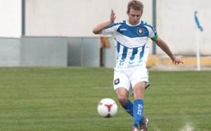Jorge Merino (22 años) es el jugador más veterano del Recreativo de Huelva B