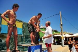 El delegado de Fomento Económico y Empleo del Ayuntamiento de Algeciras entregó las medallas