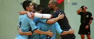 Los jugadores españoles festejan uno de los tantos conseguidos ante Bélgica
