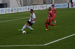 El Ceutí sólo pudo puntuar en la primera jornada cuando empató a un gol con el Recre B en el Murube