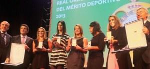 En la imagen, Pere Robert, Enric Bertrán, Irene Montrucchio, Thais Henríquez, Mireia Belmonte, Andrea Fuentes, Ona Carbonell y Fernando Carpena