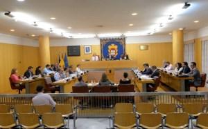 El Pleno aprobó por unanimidad la moción de urgencia de Caballas