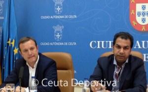 Luis Márquez Salinas y el consejero de Deporte, Premi Mirchandani