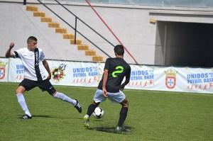 Yusef, uno de los fijos en las alineaciones de Juanma Alamillos, ha sido sancionado con 3 partidos