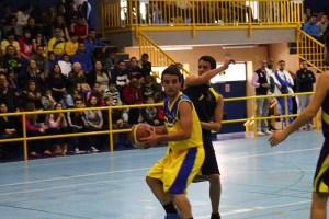 El CB Juventud consiguió en San Fernando la primera victoria en el 2014