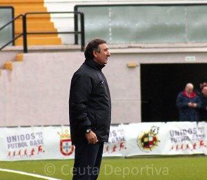 El entrenador del Ceuta espera que su equipo mejore los números de la 1ª vuelta en este tramo del calendario