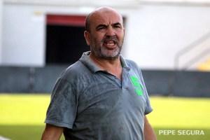 Fuad Harrus, presidente del Sporting de Ceuta y entrenador del AUGC