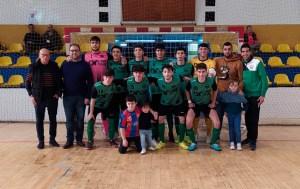 El CD Puerto, junto a miembros de la Casa de Ceuta en Melilla, en el pabellón 'Lázaro Fernández'
