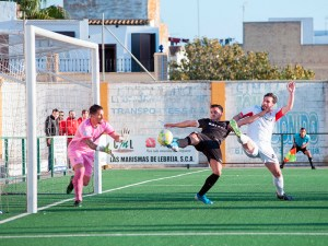 Una imagen del Antoniano - Ceuta de esta temporada