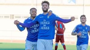 Borja festeja un gol con el Xerez CD