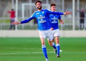 Borja Jiménez celebra uno de sus 8 goles de la última temporada con el Xerez CD