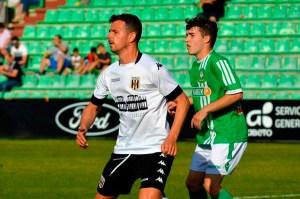 Miguel Ángel Espinar, durante un partido con el Mérida