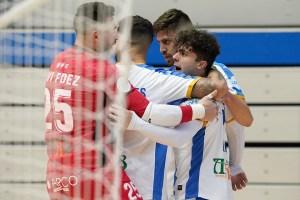 Los jugadores del Leganés celebran el gol de Guille