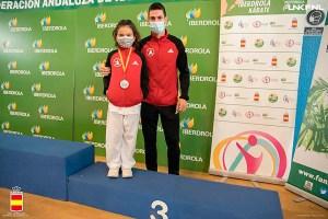 Adriana Marqués, con su entrenador, Cristóbal Mateo