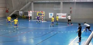 Un lance del encuentro entre Cádiz Virgili y Ceutí B