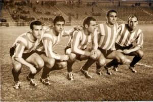 Paco Anta, segundo por la derecha, en su etapa como jugador del histórico Atlético de Ceuta