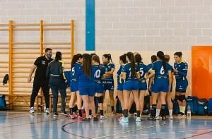 Las chicas del Estudiantes no pudieron con un rival superior en Benalmádena