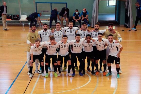 Formación de la UA Ceutí FS, este sábado en el 'Guillermo Molina' / @javivereda