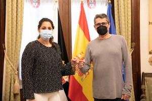 Lorena Miranda y Antonio García Gaona, este martes en el Palacio de la Asamblea