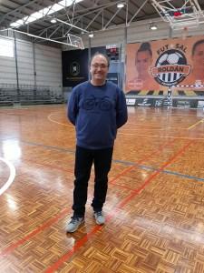 Rafa Peña, en la pista del Roldán, antes del partido de esta temporada