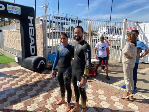 Ana María Mancera y Santiago Rojas tras cruzar la meta en el RC Náutico CAS