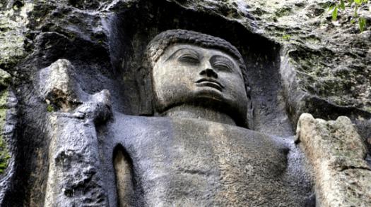 buddha_dowa rock temple_srilanka