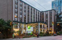 Holiday Inn & Suites Vancouver Downtown- Bc