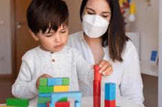 Recommandations gouvernementales pour l'accueil du jeune enfant de professionnels dits prioritaires