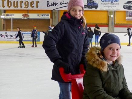 Eislaufhalle - 4