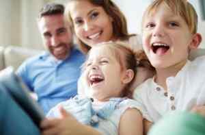 """荷兰荣升""""全世界最幸福""""国家排行第五!孩子们很幸福,成年人更快乐! smiling family  首页 smiling family"""