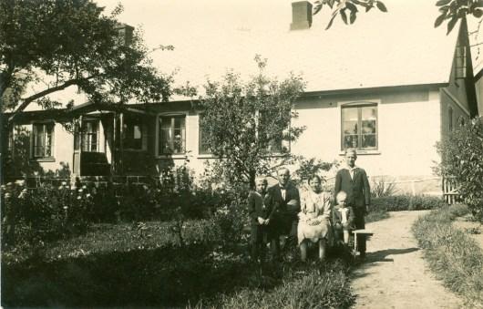 Familjefoto Vanstad 18 1930-talet