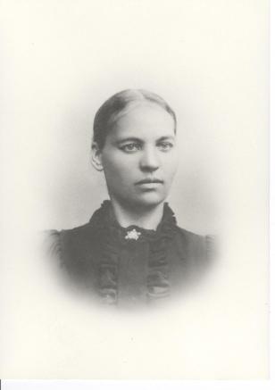 Elna Jönsdotter, född 1879 Vanstad 15