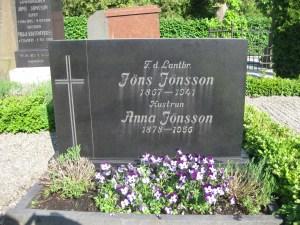Jöns Jönsson (1867-1941) och hustrun Anna Andersdotter (1878-1956) Genarp 6