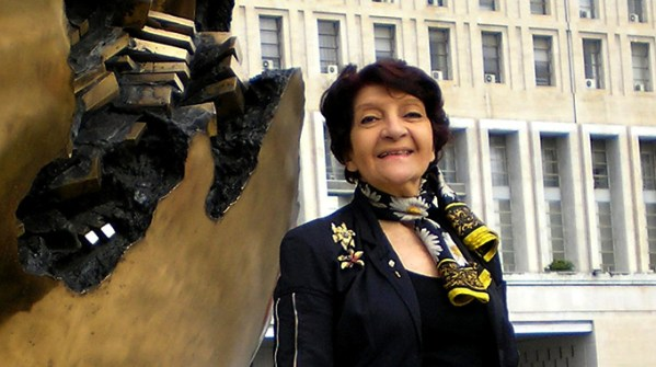 Silvana Mangione
