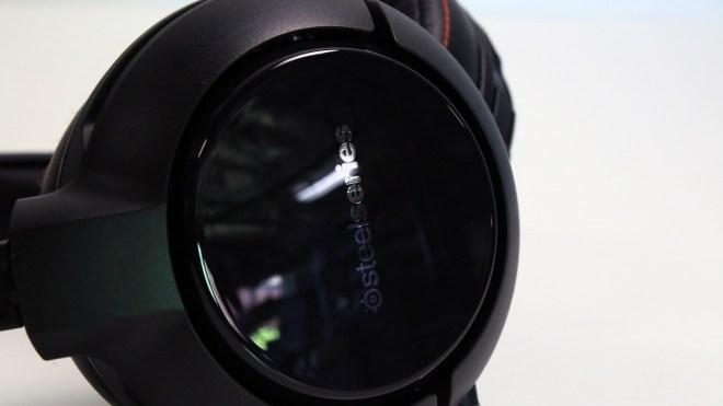 SteelSeries Siberia 800 Gaming Headset (Hardware) Review 1