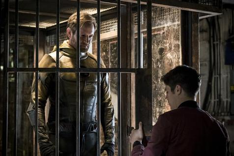 The Flash Season 3 Ep. 1 (TV) Review 4