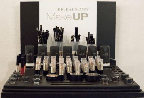 Viele Informationen auf dem Make-up-Abend