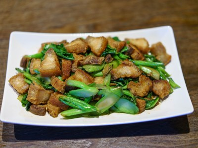 Chinese Broccoli with Crispy Pork Belly