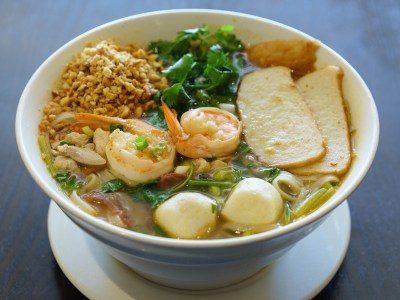 Spicy Noodle Soup (Thai Tom Yum Style)