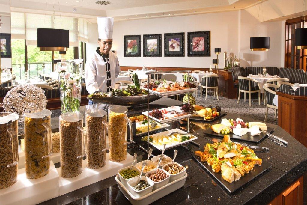 sarapan buffet menginap di hotel